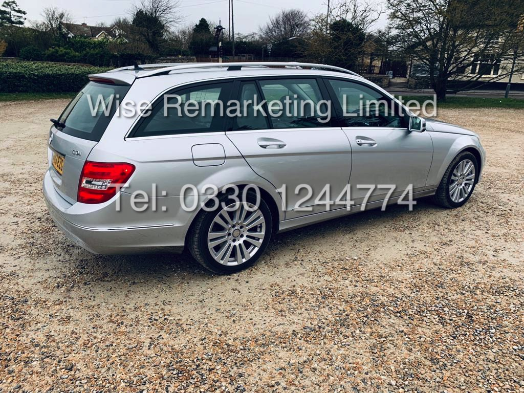 MERCEDES C220 SE EXECUTIVE ESTATE 2.1 CDI 13 REG *CREAM LEATHER* - Image 4 of 23
