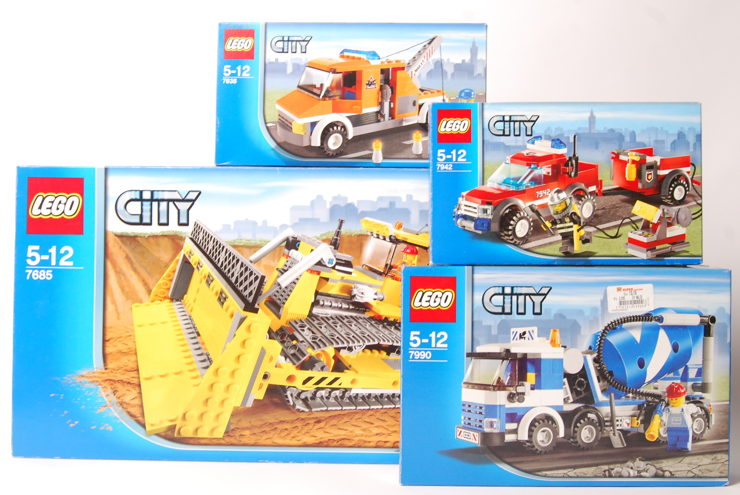 Lot 14 - LEGO CITY SERIES SET NO'S 7685, 7638, 7942, 7990