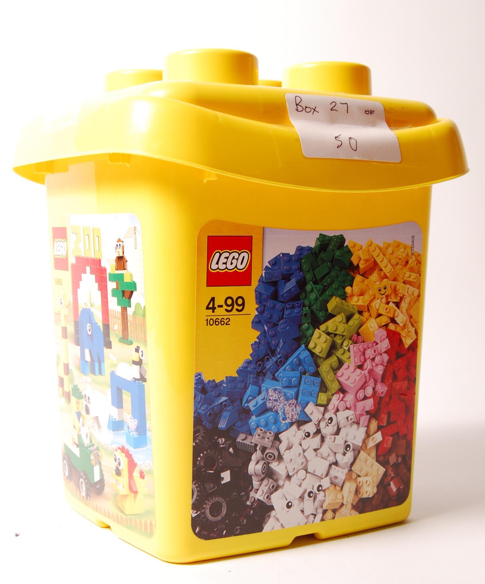 Lot 24 - LEGO CREATIVE BUCKET NO. 10662