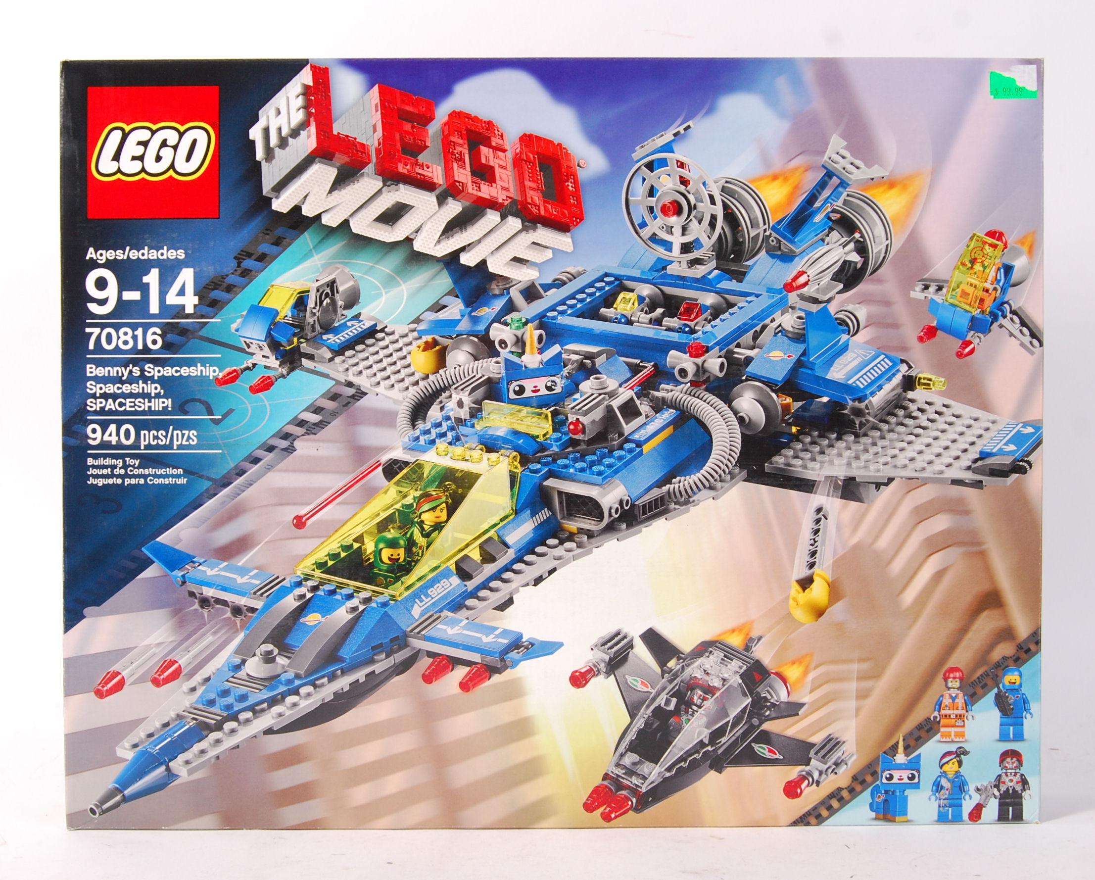 Lot 8 - LEGO THE LEGO MOVIE 70816 ' BENNY'S SPACESHIP , SP