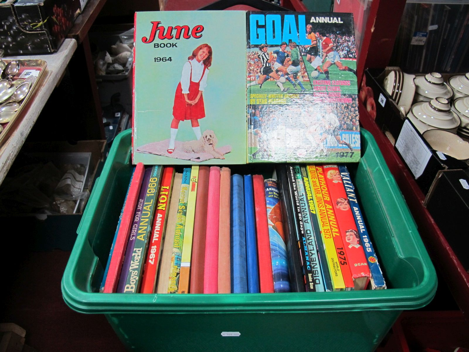 Lot 58 - A Quantity of 1950's and Later Children's Annuals, including PC49.