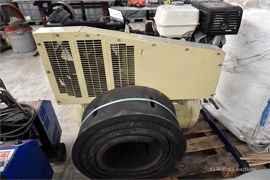 Ingersoll Rand Horizontal Air Compressor 30gal w/ Honda 13hp