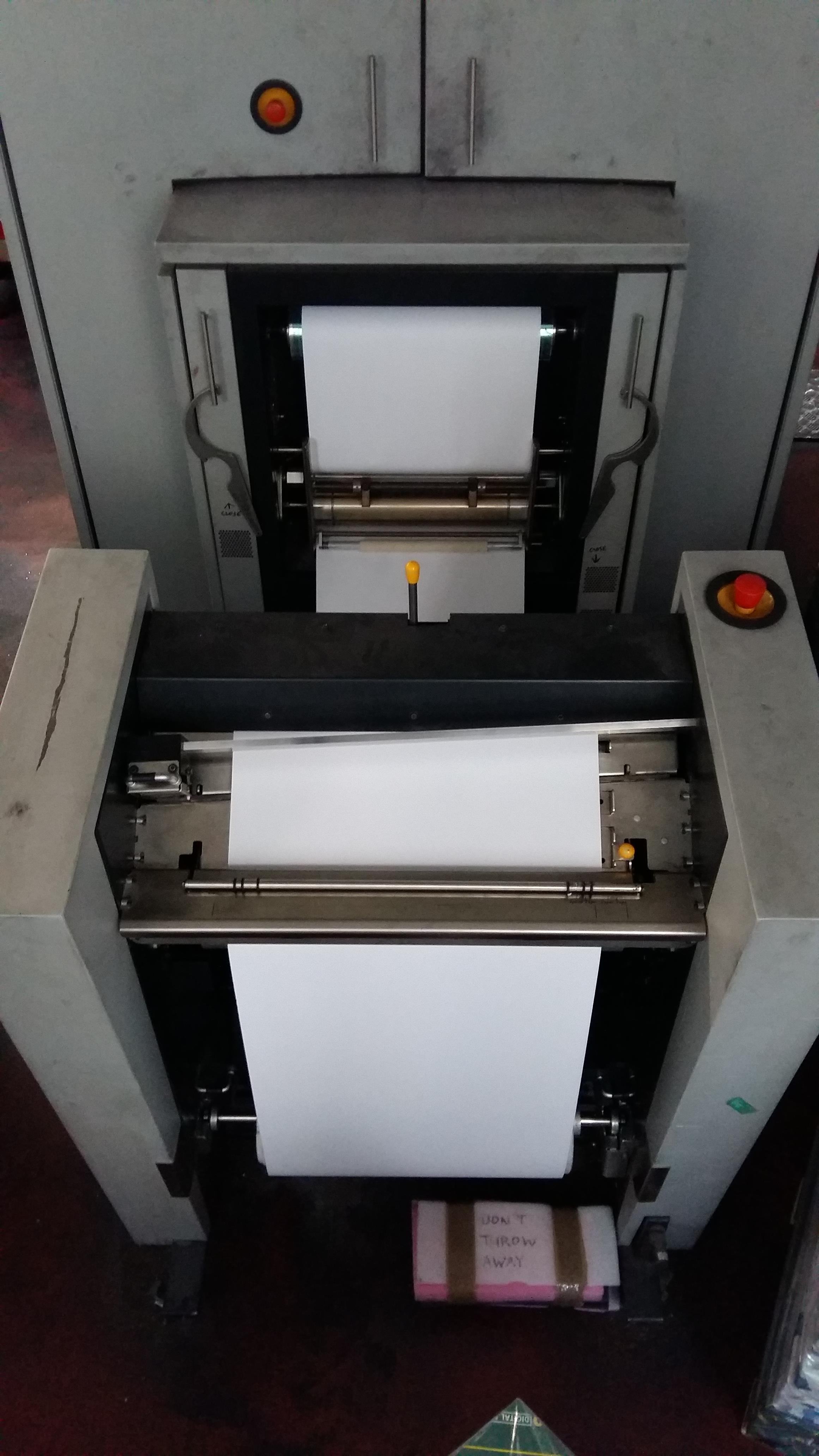 Lot 001 - Xeikon 5000 Digital Printer