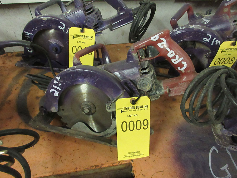Lot 9 - SKILSAW WORM DRIVE POWER SAW