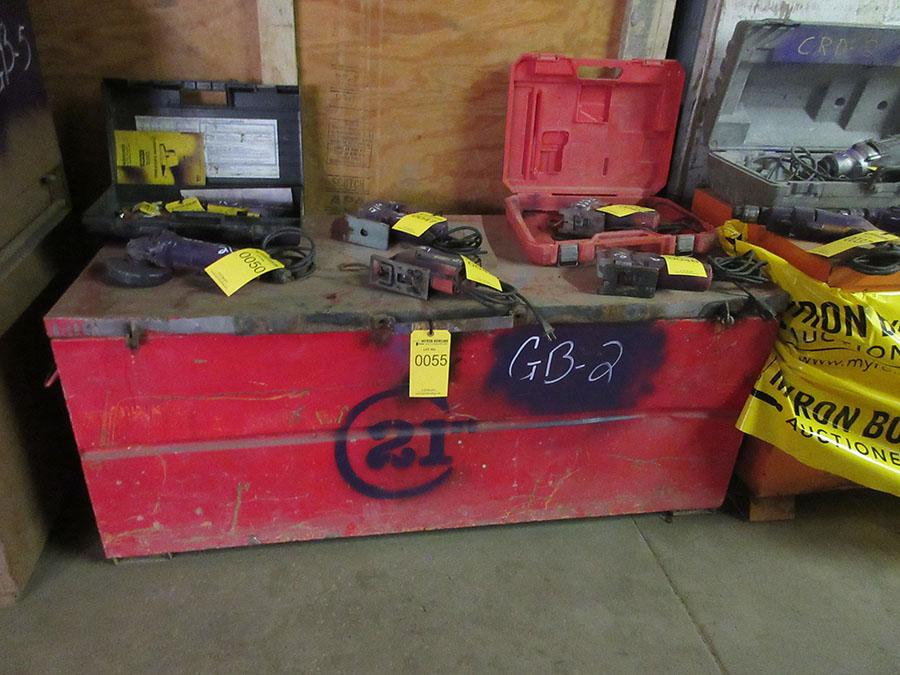 Lot 55 - GANG BOX