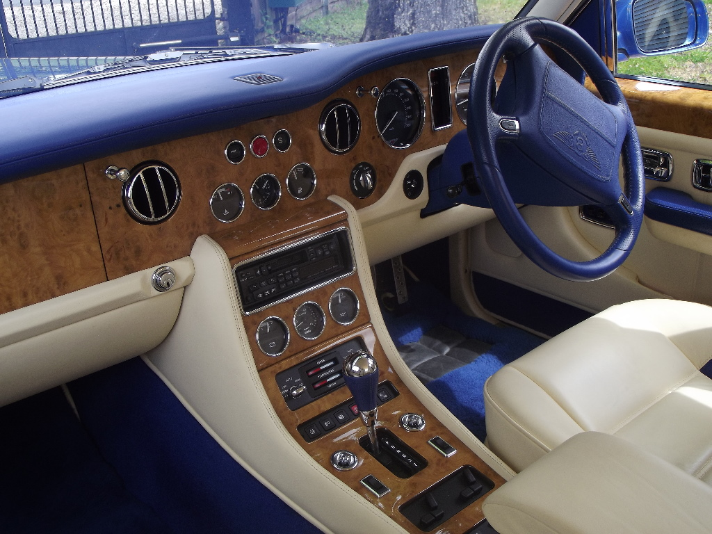 A 1998 Bentley Turbo RT Mulliner No 28, registration number TBA, chassis number SCBZP26C4WCH66746, - Image 2 of 3