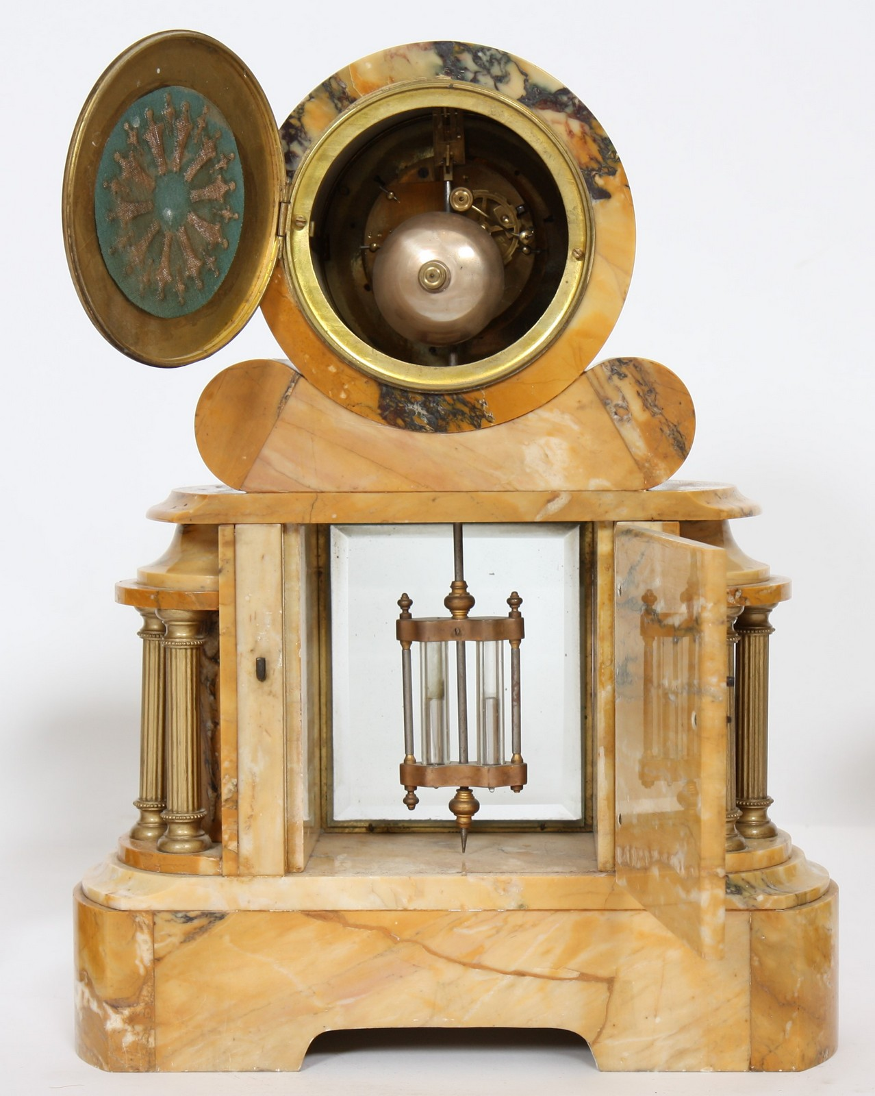 GARNITURE EN MARBRE 1930 Composée d'une pendule et d'une paire de cassolettes en marbre, à - Image 3 of 4