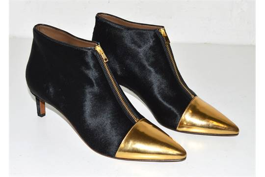 14d52a23f0 MARNI BLACK PONY-STYLE CALFSKIN ANKLE BOOT, kitten heel and pointed toe  shape, gold metallic toe,