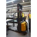 Harris CDD15B 24V Electric Pallet Stacker