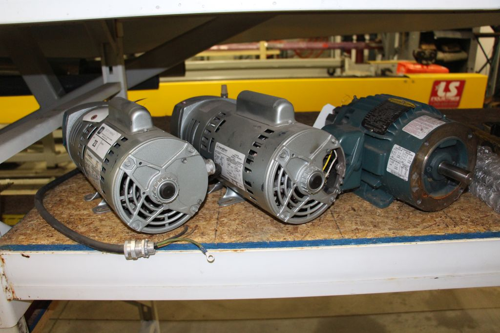 Lot 23 - Electric Motors / Oxygen Pumps