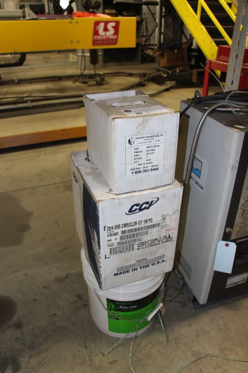 Lot 20 - Polyline / Electronic Cable / Porta Carton CFK - 4M45