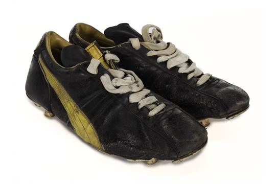 125b84b04e8c A pair of puma brand football boots worn pelé while jpg 540x360 Pele brand  shoes