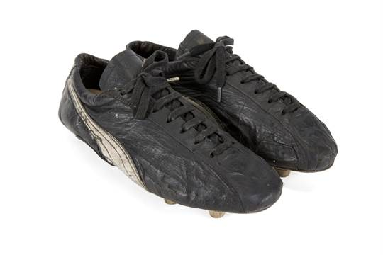 2bbde727525d A pair of puma brand football boots game worn pelé jpg 540x360 Pele brand  shoes