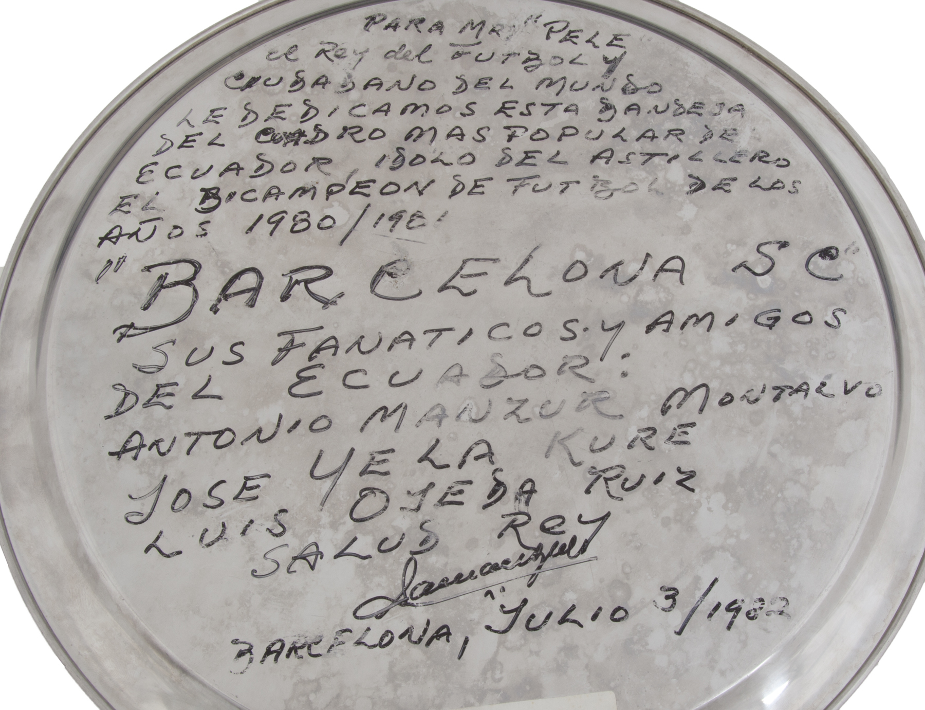 Lot 668 - PELÉ JULY 3, 1982, BARCELONA SC TRIBUTE PLATE