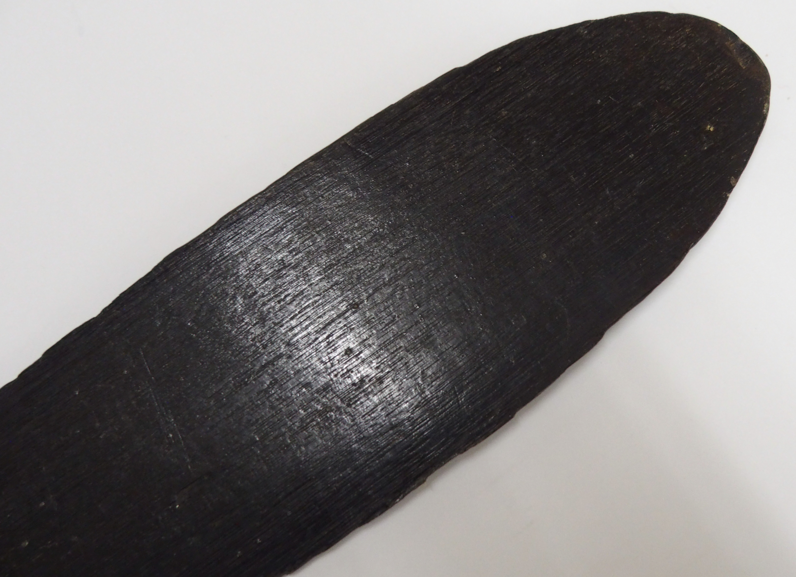 Lot 50 - AN AFRICAN PADDLE with rounded T-shaped handle, tapering stem and flattened blade, 115cm long