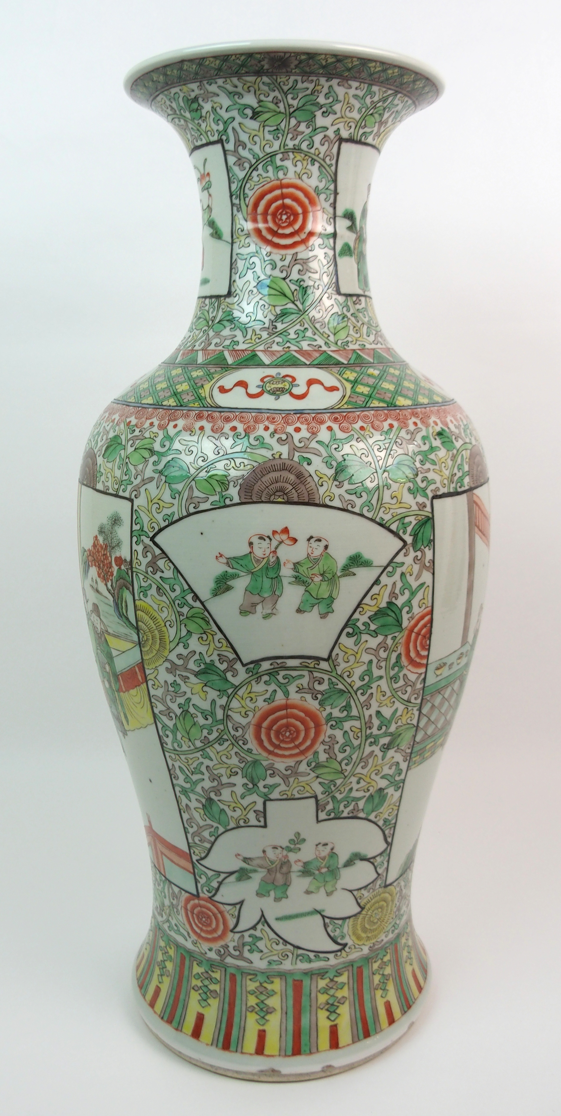 A CHINESE FAMILLE VERTE LARGE BALUSTER VASE painted with panels of figures surrounded by flowers and - Image 6 of 10