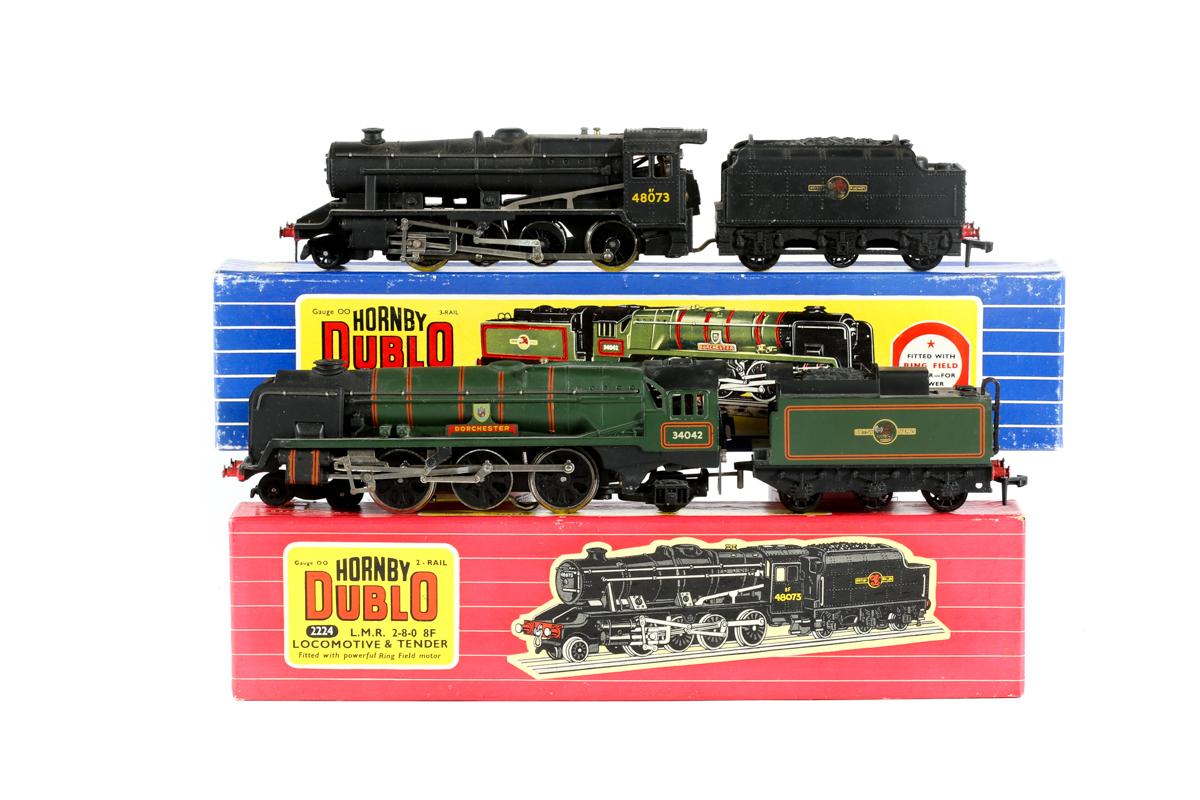 Lot 33 - 2 Hornby Dublo tender locomotives. A 3-rail BR West Country 4-6-2 tender locomotive 'Dorchester'