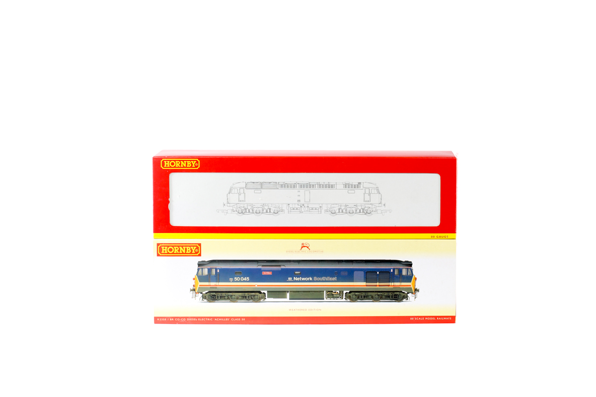 Lot 51 - 2 Hornby Railways BR Co-Co diesel electric locomotives. A BR class 47 'Weathered Edition' in dirty