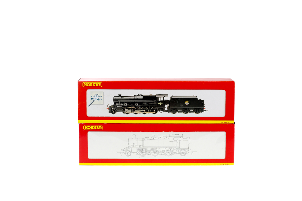 Lot 48 - 2 Hornby Railways steam locomotives. A BR class 8F 2-8-0 tender locomotive RN48154 R2229 in