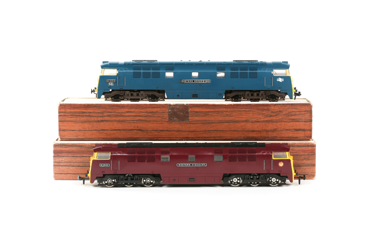 Lot 20 - 2x Liliput BR Western Class 52 Co-Co diesel hydraulic locomotives. 'Western Sovereign' RN D1038 in