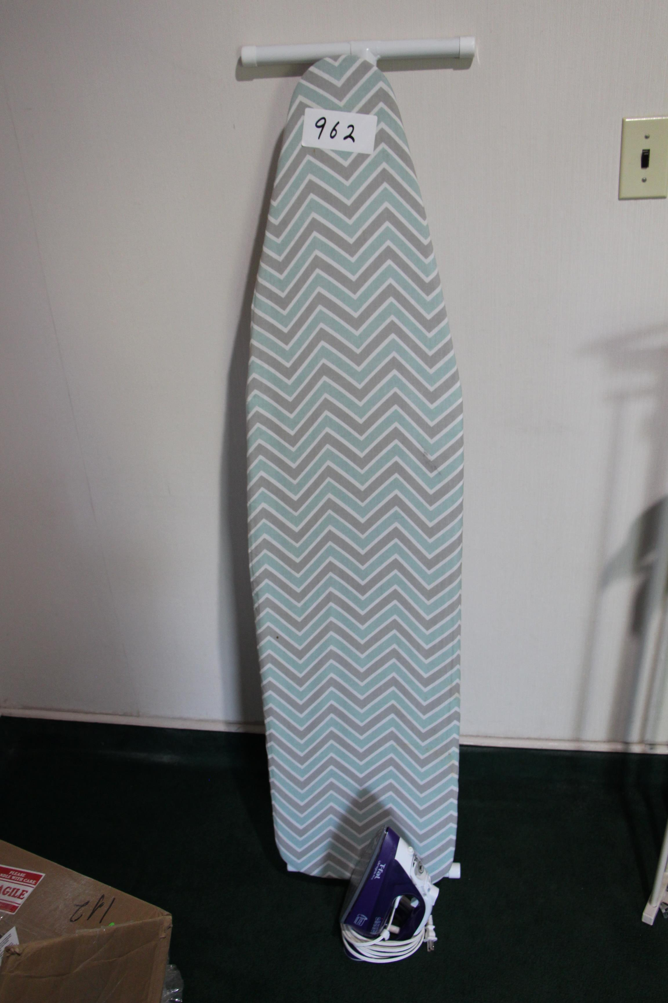 Lot 962 - Lot electric steam iron and ironing board