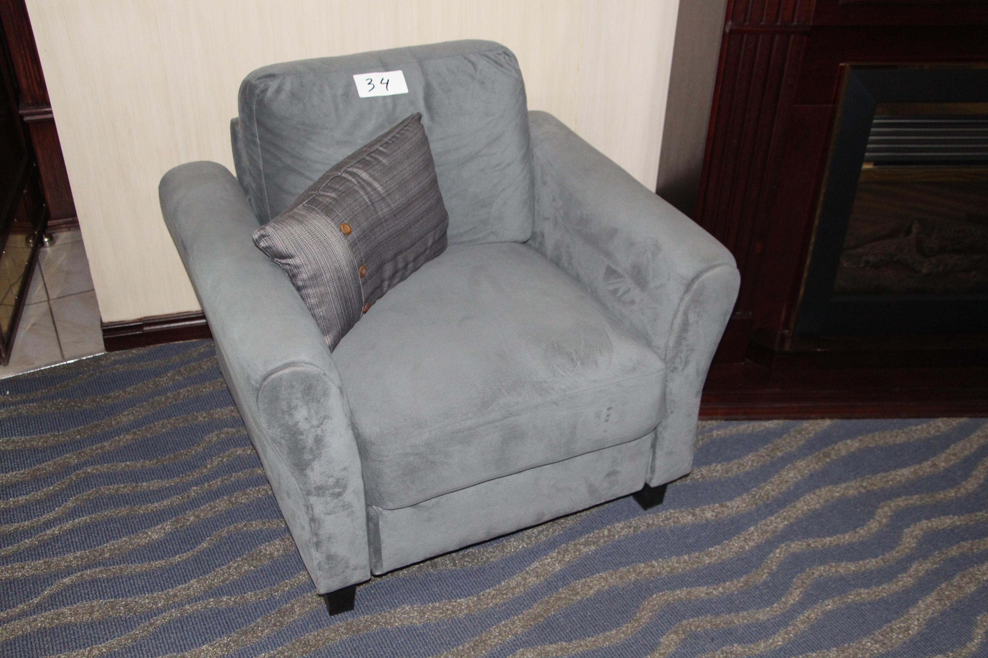 Fabric armchair w/throw cushion