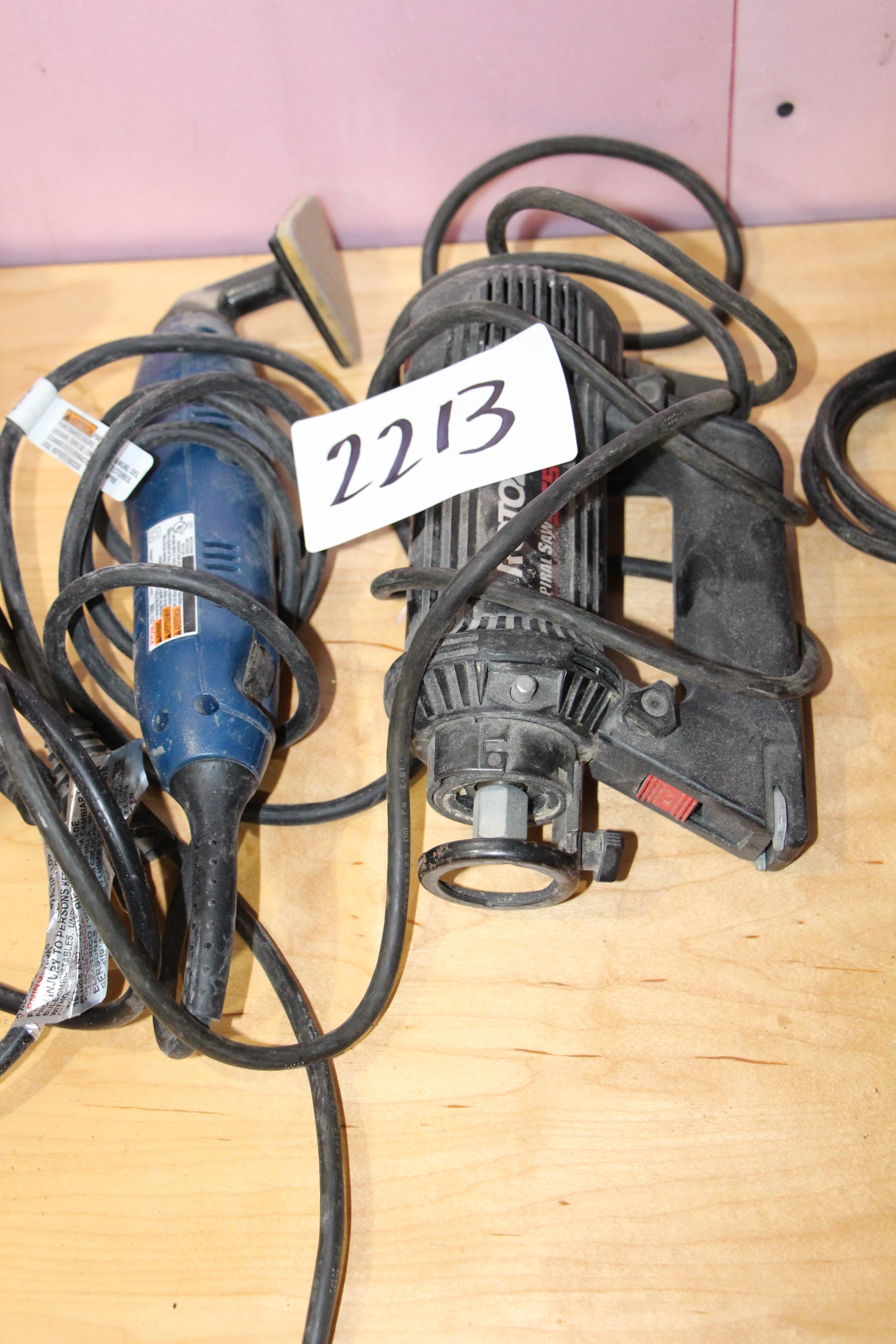 Lot 2213 - Lot Rotozip SCS01 spiral saw and Ryobi DS11008 detail sander