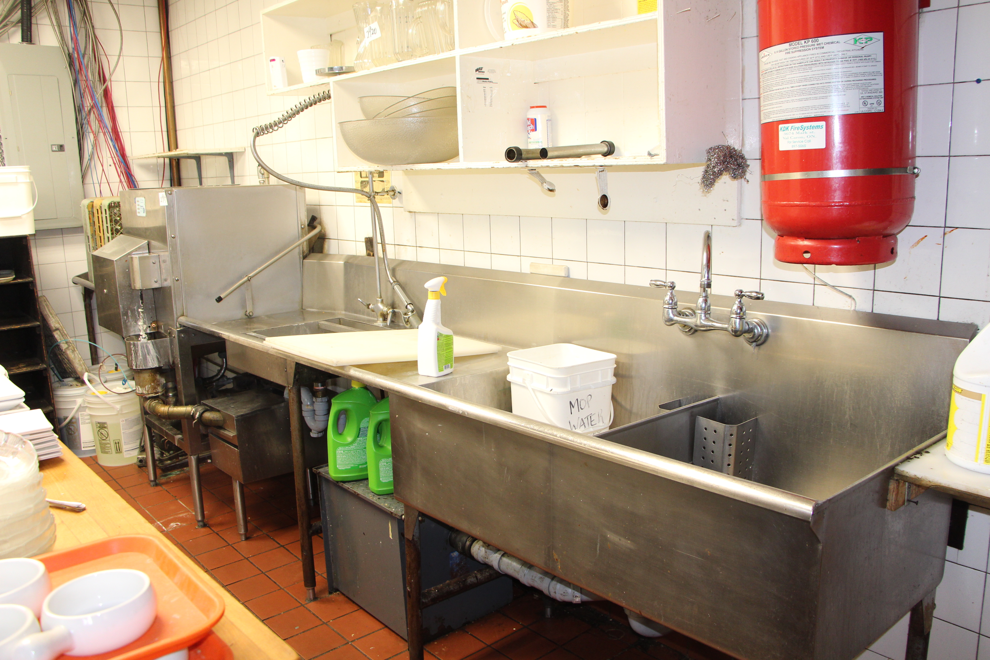 Lot 2919 - Diversey commerical dish washing machine c/w S/S intake table, S/S outflow table with sprayer and