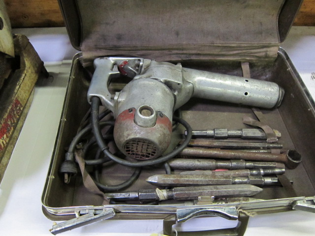 Lot 52 - ELECTRIC HAMMER, VAN DORN 1-1/8'