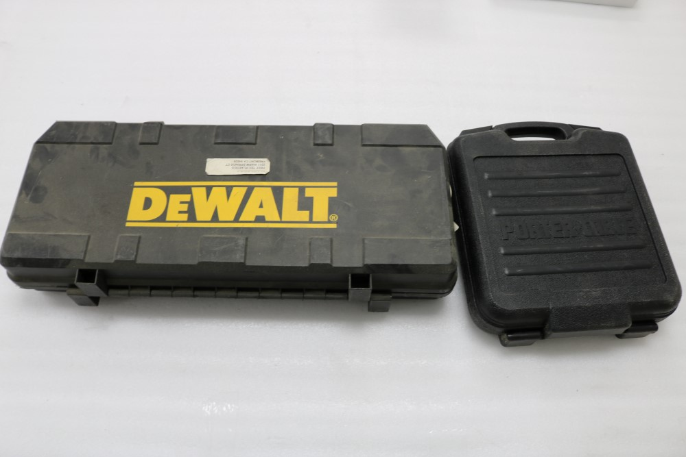 "Dewalt VS Reciprocating Saw 1 1/8"" Stroke Model DW304P with Extra Blades"
