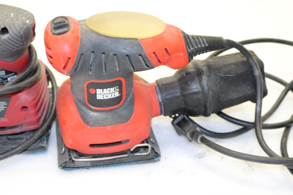 Skil Model 7292 Oribital Palm Sander, Makita B04556 Orbital Sander, Black and Decker Corded Sheet - Image 3 of 6