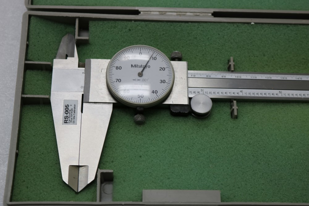 """Mitutoyo 0.001 - 12"""" ID./OD Dial Calipers and Teclock 0.001 - 2"""" Dial Drop Indicator with Black - Image 3 of 8"""