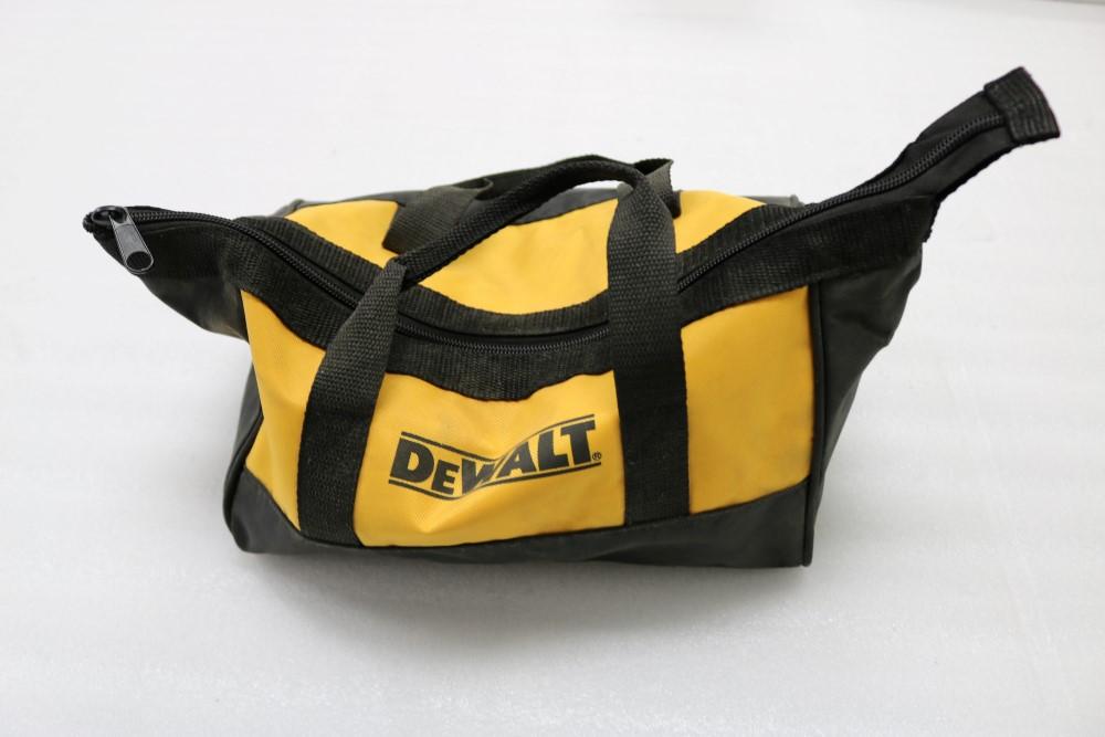 "Lot 45 - Heavy Duty Dewalt 3/8"" USR Drill Model DWD110 and Skil 1/2"" Capacity Heavy Duty Xtra Tool 600 Corded"