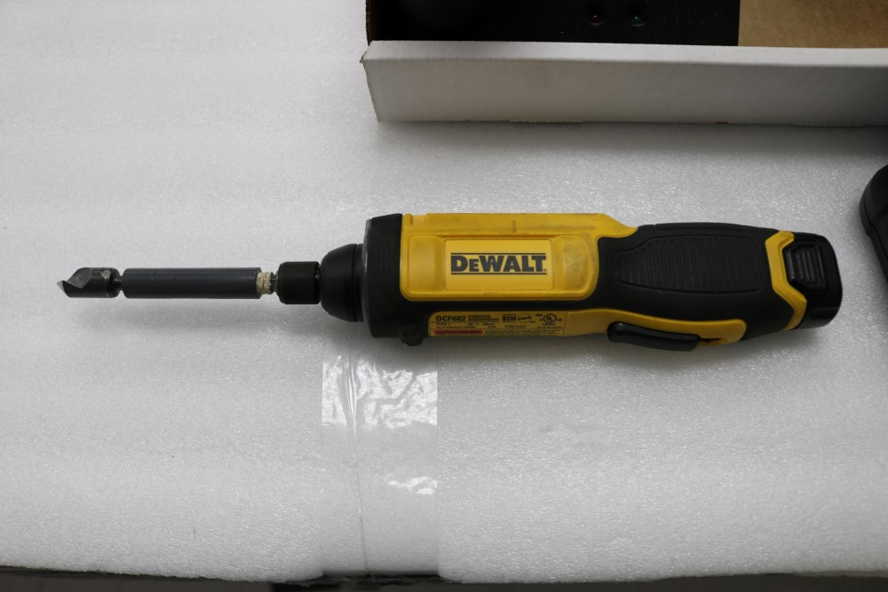 Bosch Exact Z Cordless Drill with Power Station and Two Batteries, Dewalt Gyroscopic Technology Hand - Image 2 of 6