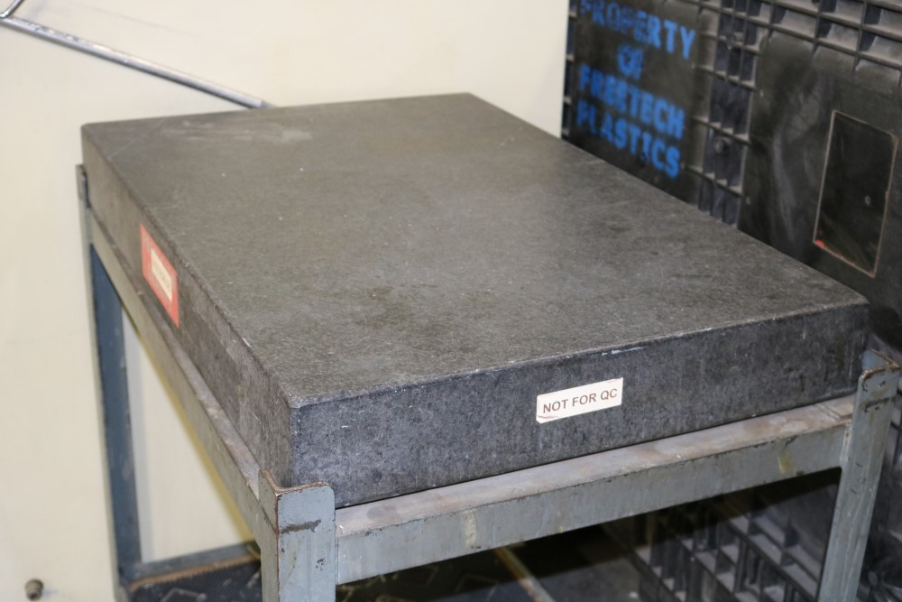 Lot 35 - Precision Granite Inspection Table on Metal Stand, 2' x 3' x 4""