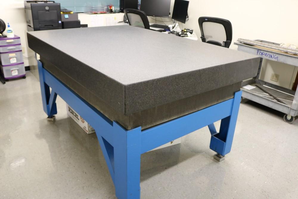 "Lot 38 - 4' x 6' x 6.5"" Standridge Grade AA Black Granite Surface Plate. Accuracy 0.00015 Repeat"