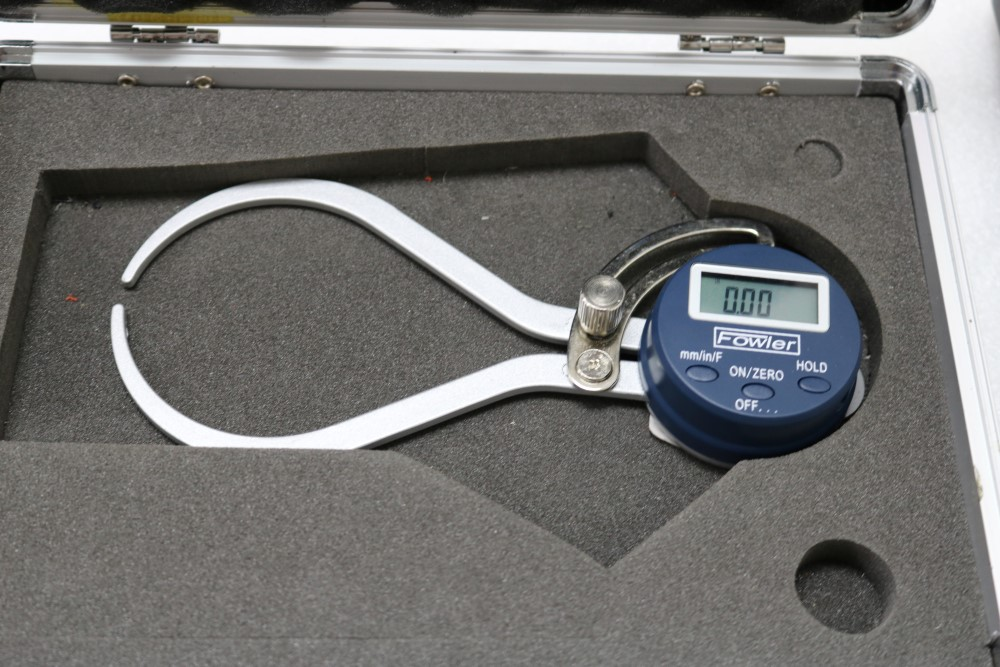 "Mitutoyo Digimatic Micrometer 0.00005 - 1"" and Fowler Outside Digital Caliper 0.01 - 6"" - Image 3 of 6"
