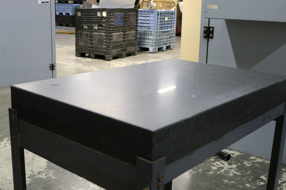 "Black Granite Surface Plate on Metal Stand 2' x 3' x 4"" - Image 4 of 6"