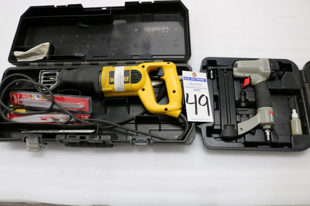 """Dewalt VS Reciprocating Saw 1 1/8"""" Stroke Model DW304P with Extra Blades - Image 5 of 5"""