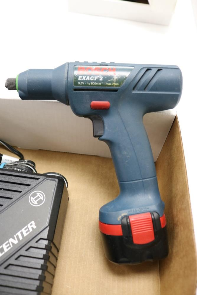 Bosch Exact Z Cordless Drill with Power Station and Two Batteries, Dewalt Gyroscopic Technology Hand - Image 3 of 6