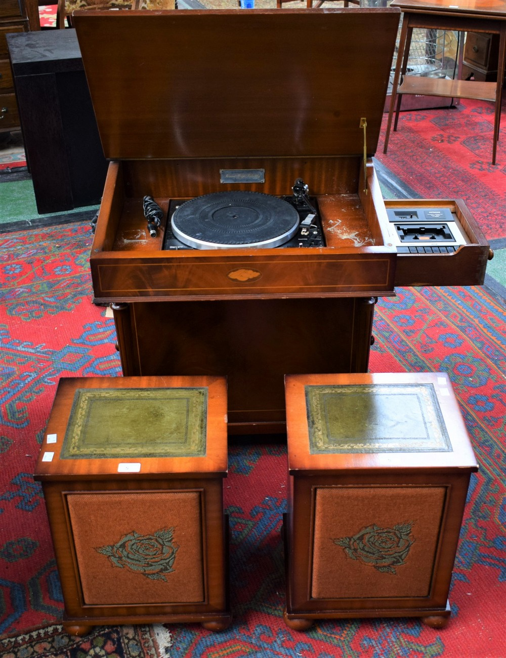 Lot 5 - A Period High Fidelity stereophonic sound system, as a Davenport (PHF17E),