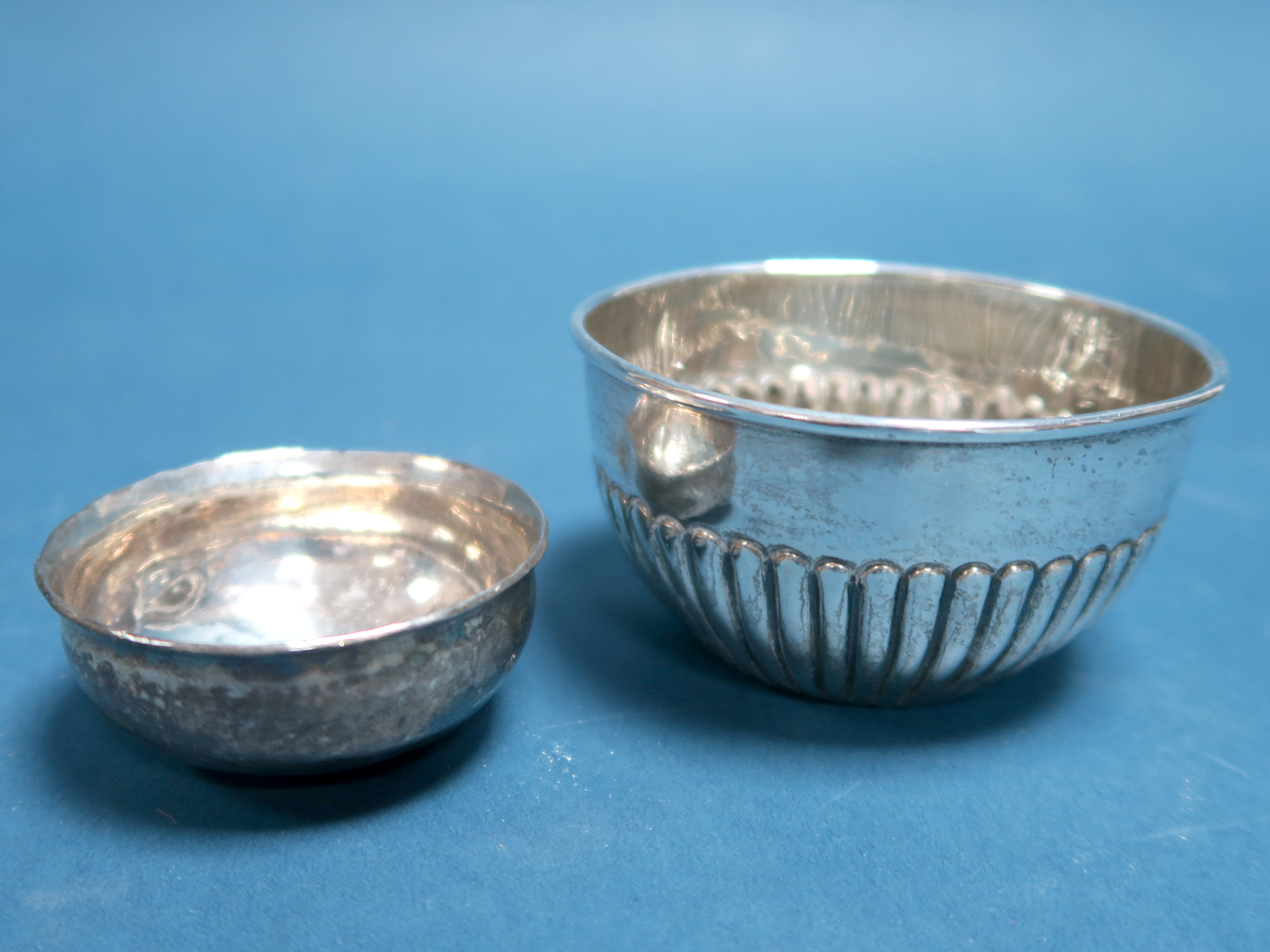 Lot 19 - A Hallmarked Silver Bowl, (makers mark rubbed) Birmingham 1907, of circular semi reeded form, 8.