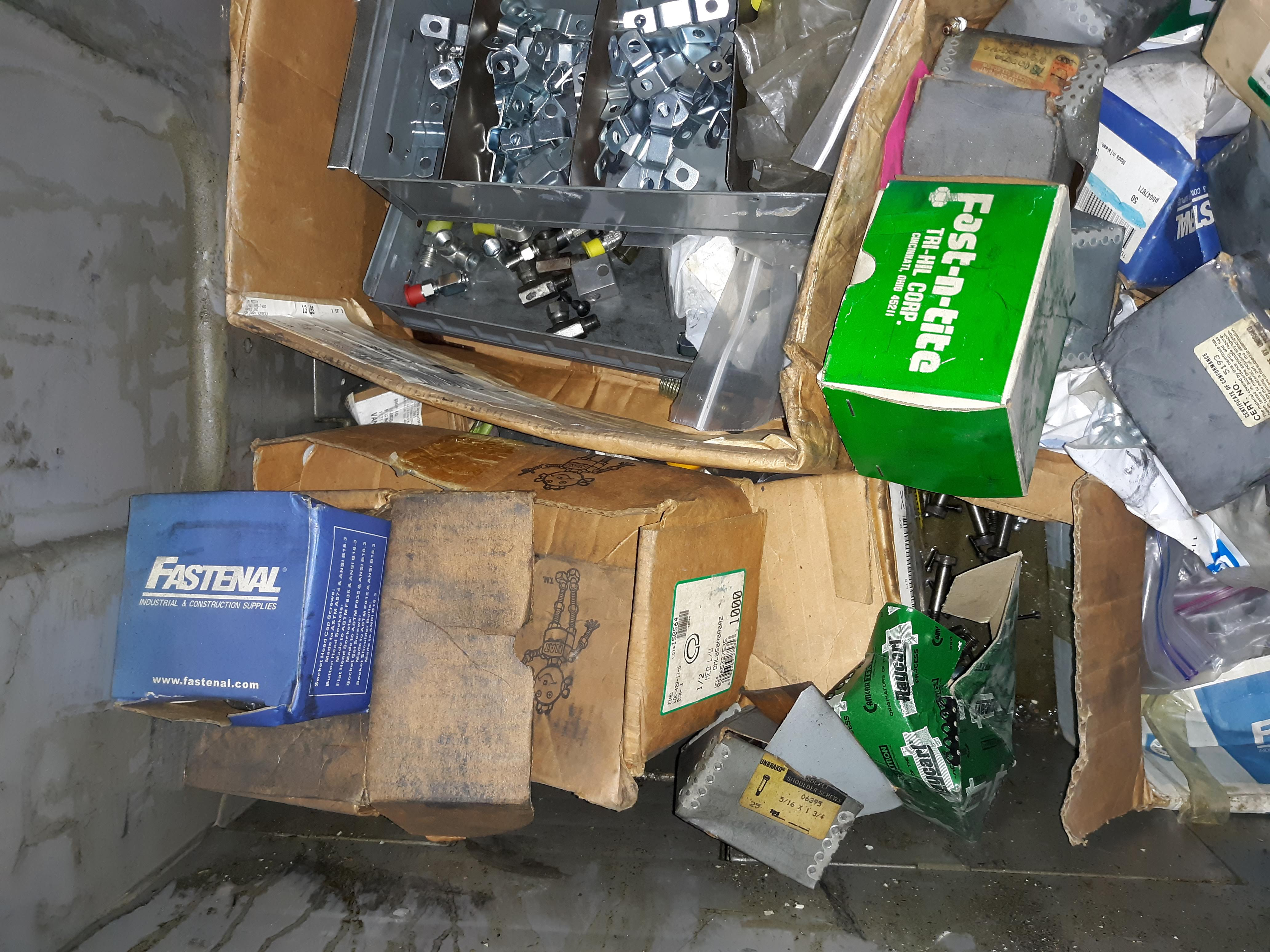 CRATE & CONTENTS; O-RINGS; VARIOUS FASTENERS; CLIPS & HARDWARE (LOCATED AT: 432 COUNCIL DRIVE, - Image 3 of 7