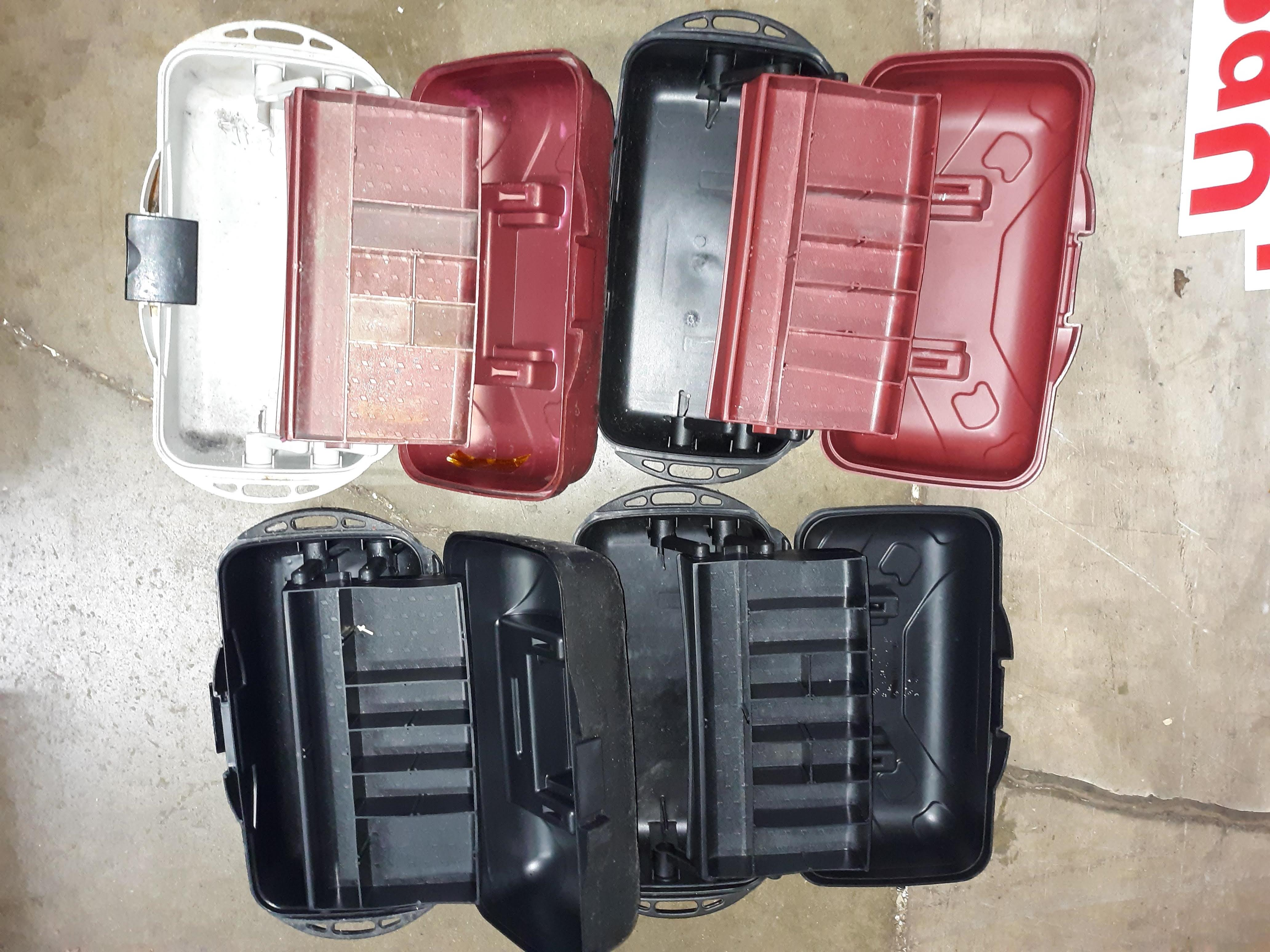 Lot 1105 - (4) PLASTIC TOOL BOX/ TACKLE BOXES (LOCATED AT: 432 COUNCIL DRIVE, FORT WAYNE, IN 46825)