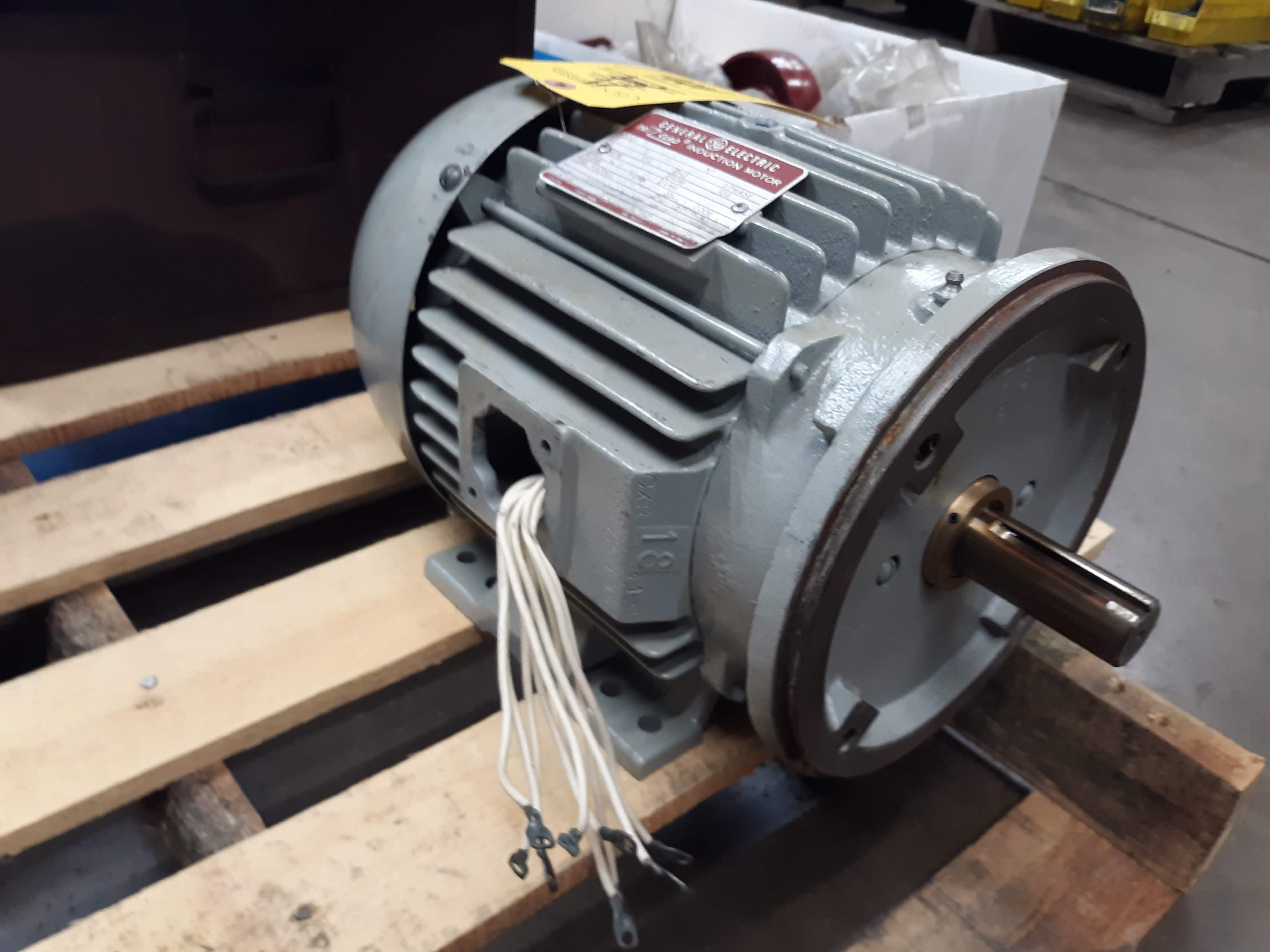GE TRI CLAD AC MOTOR 5HP (LOCATED AT: 432 COUNCIL DRIVE, FORT WAYNE, IN 46825) - Image 2 of 2