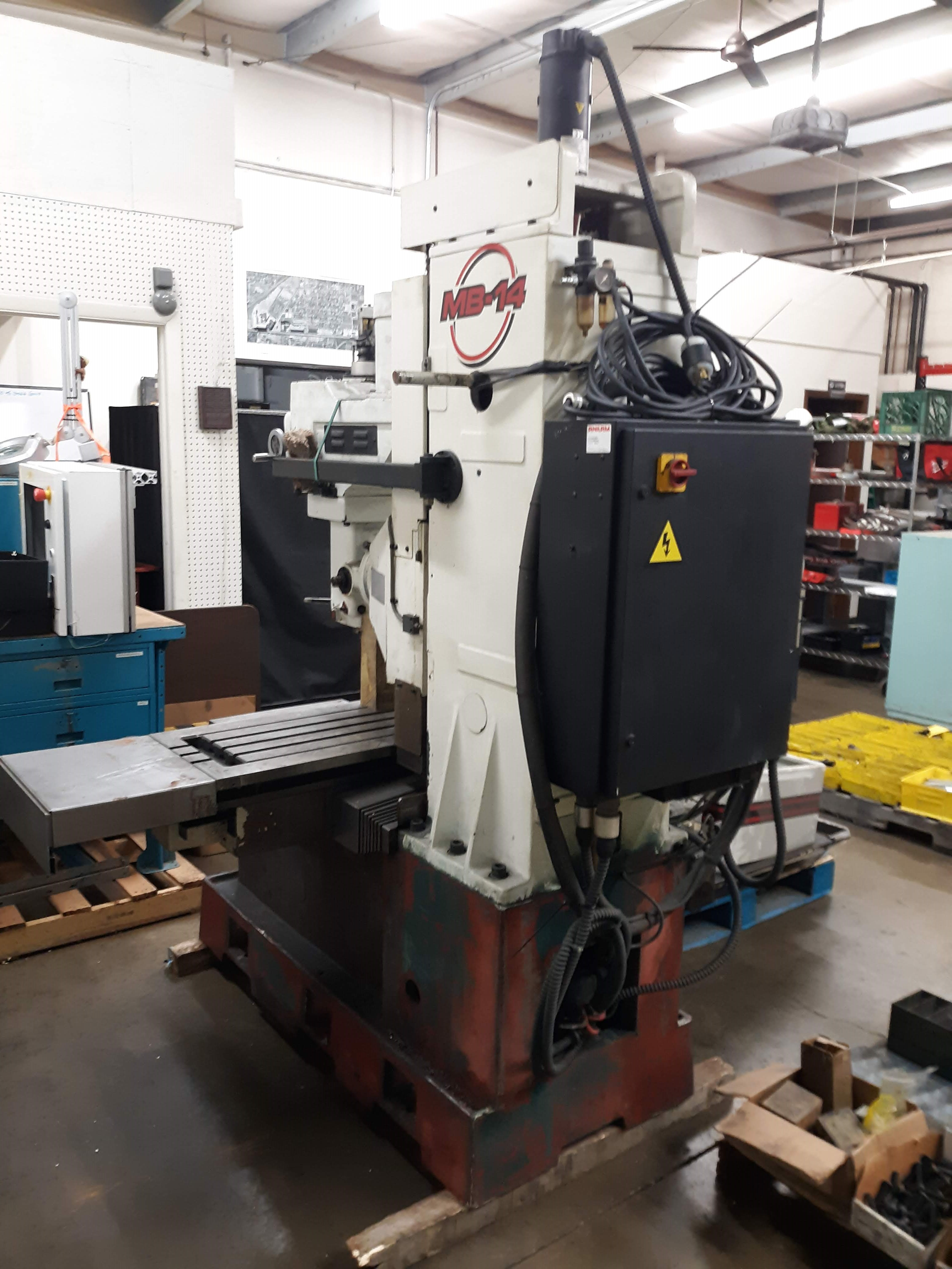 FRYER CNC MILLING MACHINE MODEL-MB-14 S#14247 54 X 16 TABLE ANILAM 3300 MK DRO (LOCATED AT: 432 - Image 5 of 8