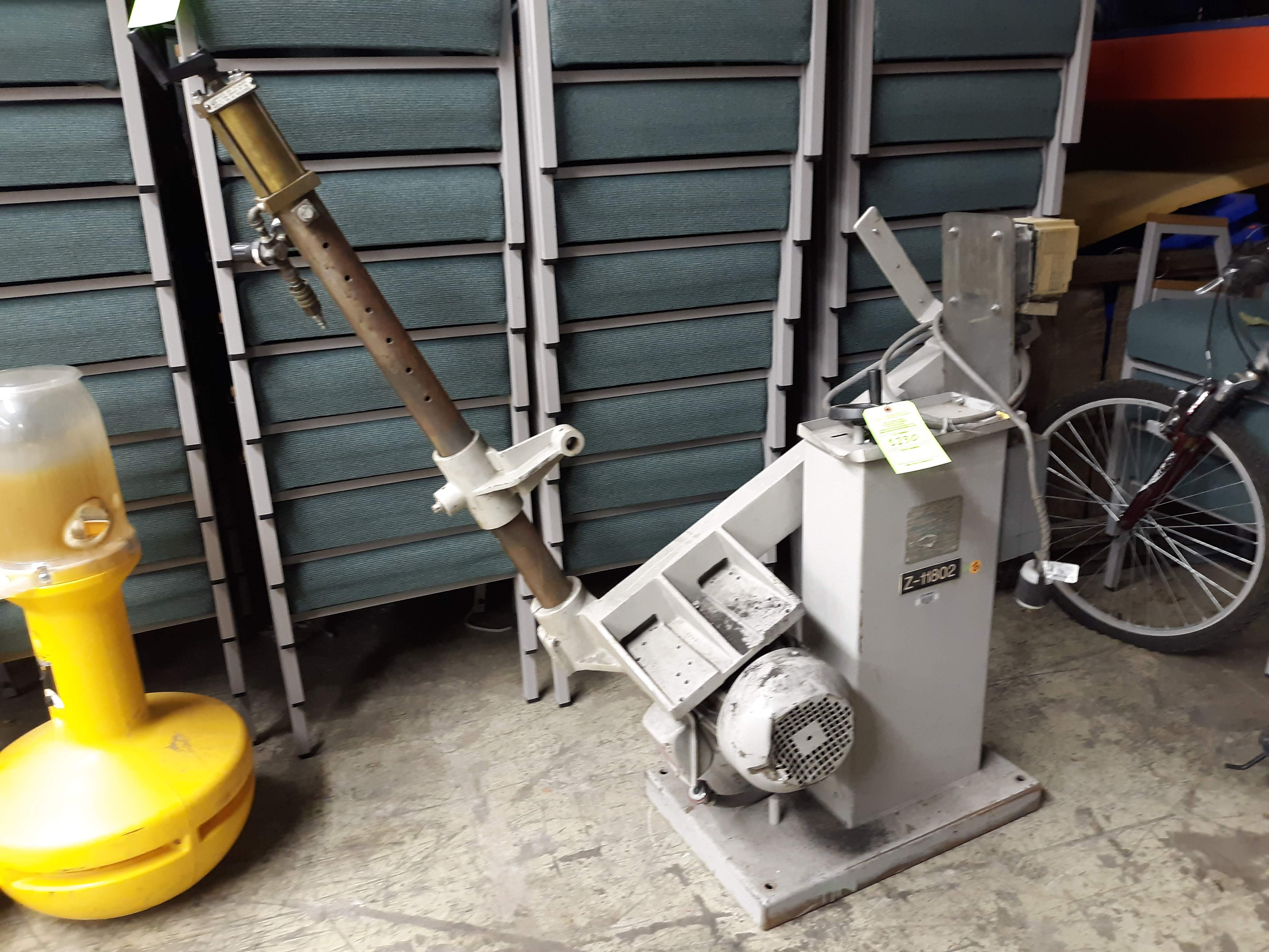 HAMMOND ABRASIVE BELT GRINDE MODEL-DBG-132 S#4066 3HP/1780RPM/3PH/60HZ(LOCATED AT: 433 COUNCIL