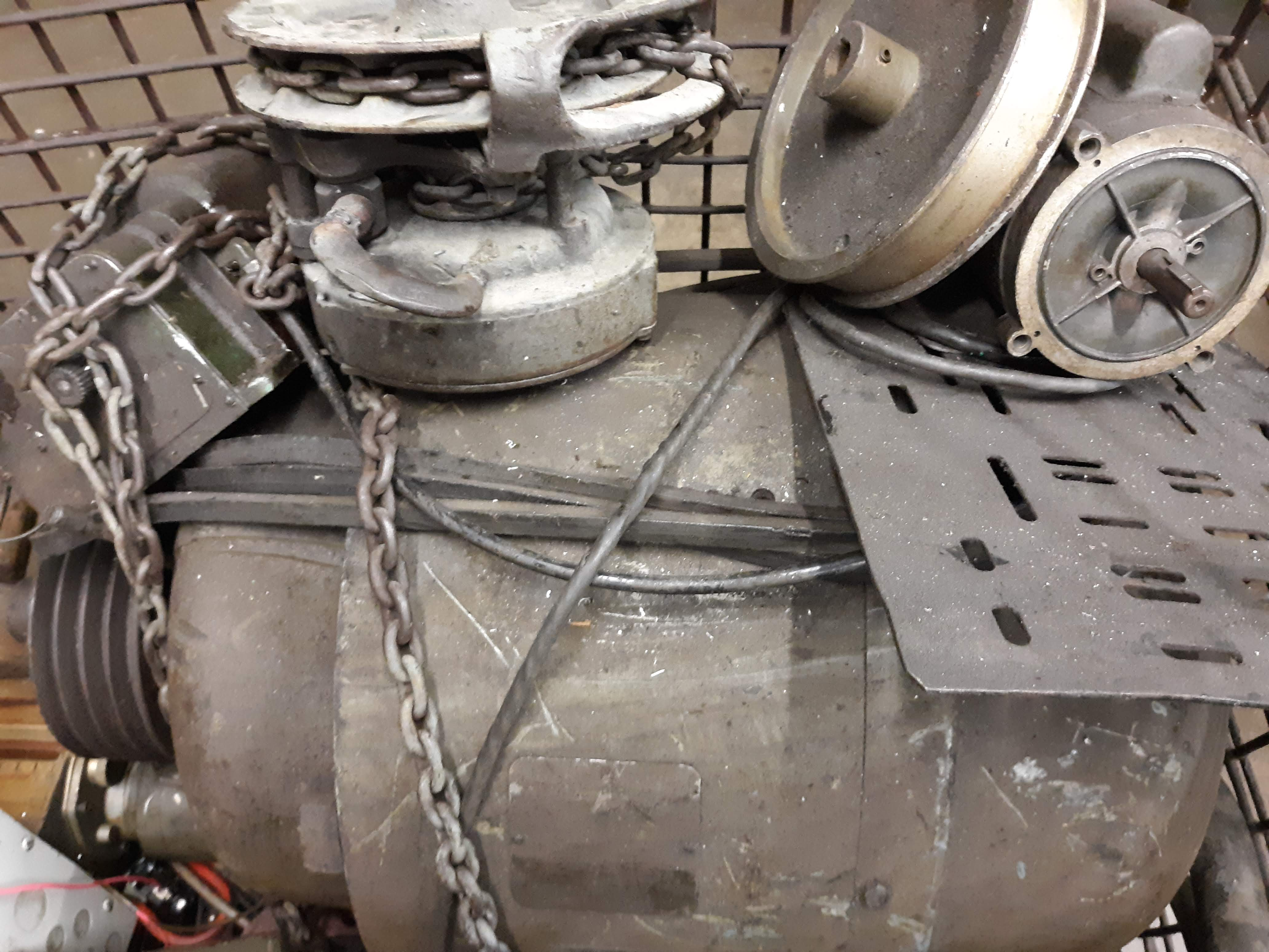BASKET & LARGE MOTORS (TAG UNREADABLE) (LOCATED AT: 432 COUNCIL DRIVE, FORT WAYNE, IN 46825) - Image 3 of 4