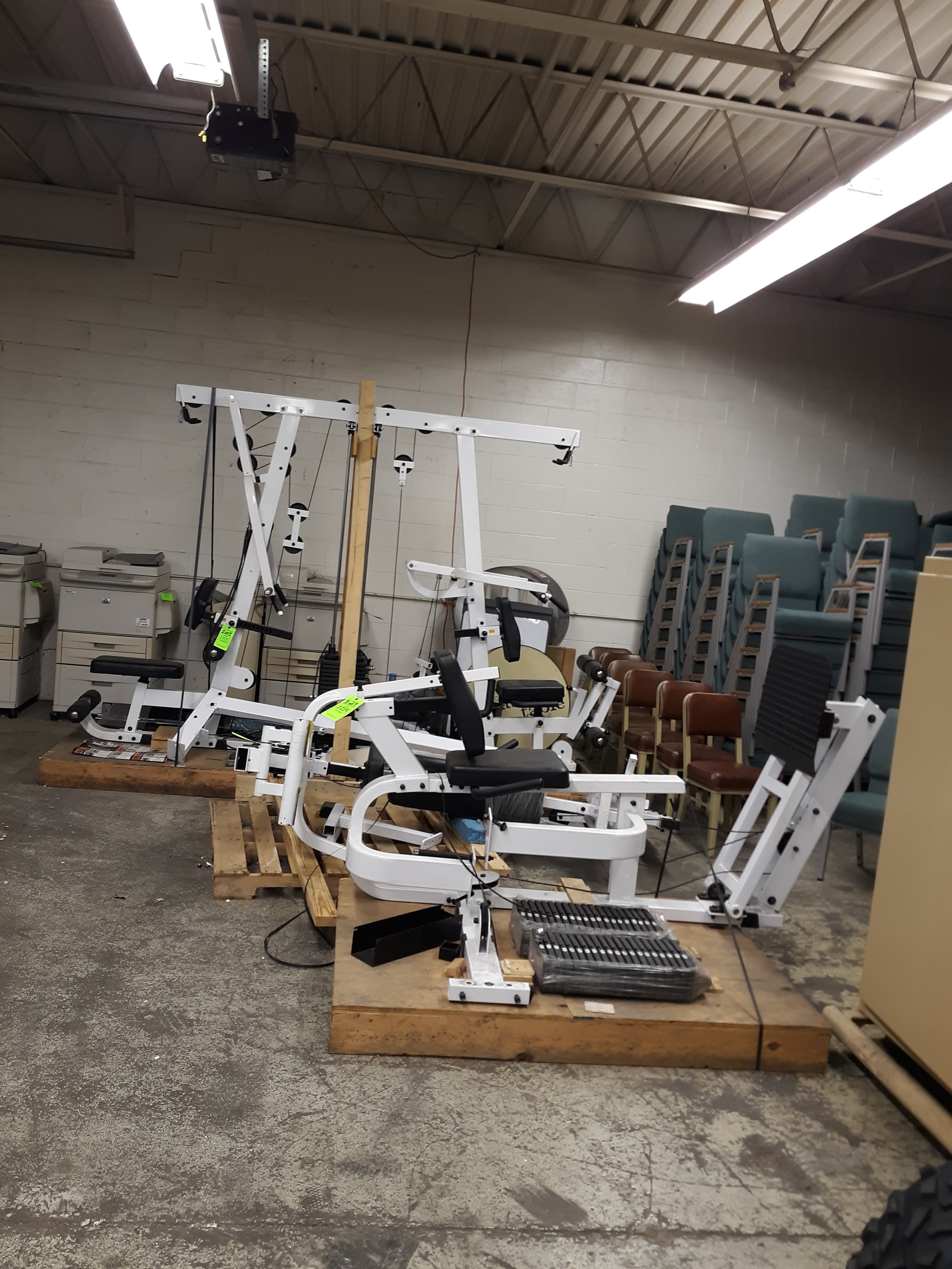 BODY SOLID EXM4000S ULTIMAT TRIPLE STACK HOME GYM PACKAGE (AS PICTURED)(LOCATED AT: 433 COUNCIL