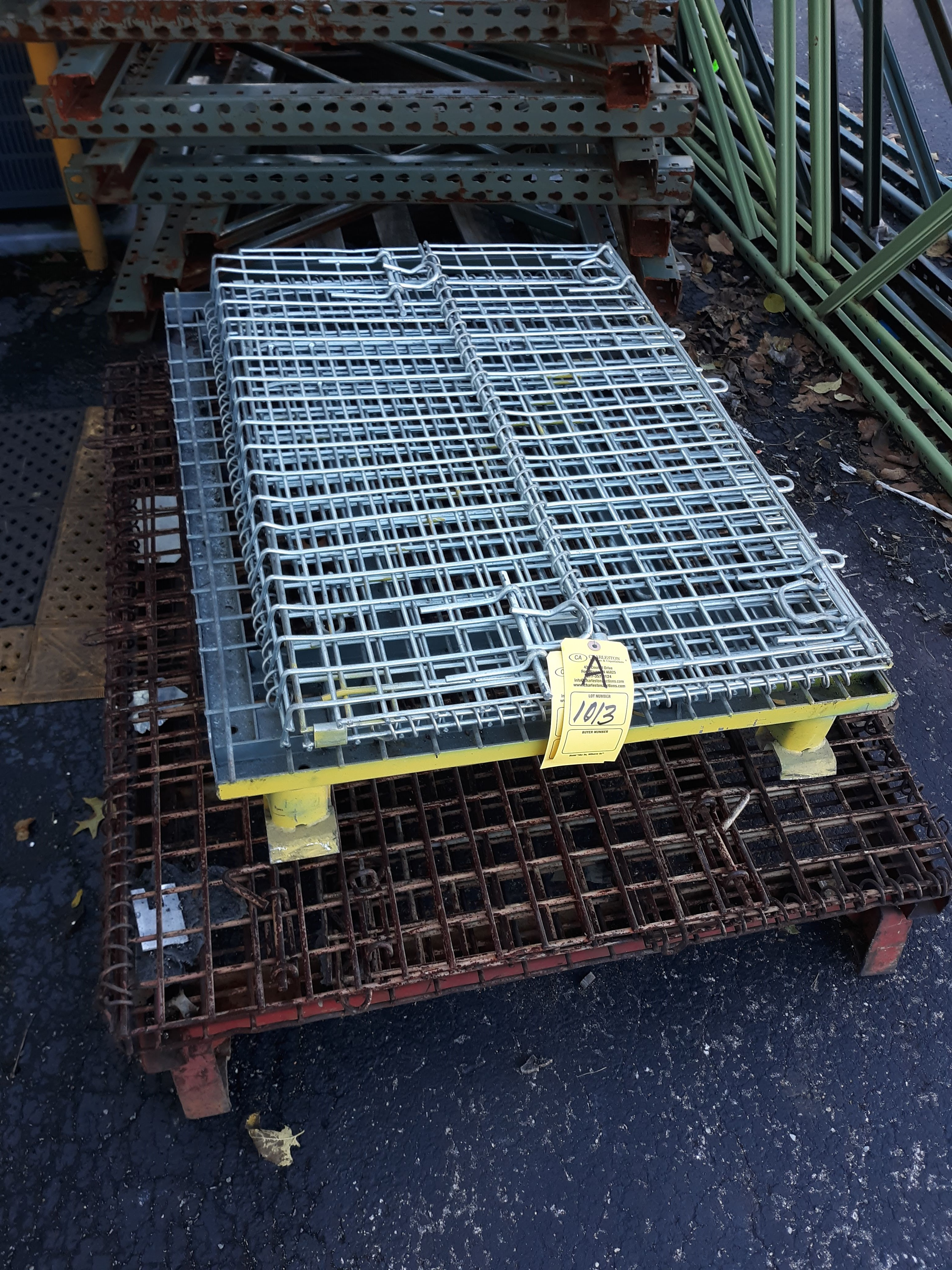 (2) COLLAPSIBLE WIRE BASKETS (LOCATED AT: 432 COUNCIL DRIVE, FORT WAYNE, IN 46825)